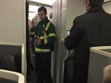 【速報】乗客・乗務員が次々と謎の病気を発症、未知のウイルスか!? 旅客機AA109便をめぐる怪事件に世界が戦慄