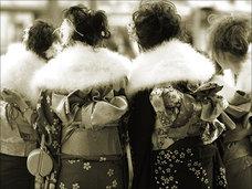 奇習! 夜這いをしないと村八分 ― 長野県の集落にあった「成人の儀」とは?