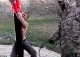 【閲覧注意】ロシア人テロリストによる鞭打ち拷問が恐ろしすぎる! 激痛と絶叫、青黒くなる背中…!