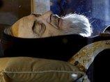 体をキリストが突き抜け、血液は花の香り…! バチカン展示で話題の聖人「ピオ神父」がブッ飛びすぎ!