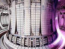 太陽より3倍も熱い「人工太陽」を中国が開発中! 4900万度の加熱で、融合炉が溶けない理由とは?