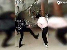 今度は12歳少女が被害者に……中国ネット上に続々アップされる集団リンチ動画