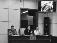 """中国・過労死裁判で、""""自慰行為中""""を捉えた証拠映像が公開される"""