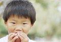 園児たちが口移しプレイ!? 台湾幼稚園に保護者から批判殺到