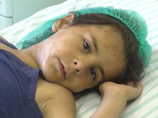 【【閲覧注意】血だまり、肉の塊、血飛沫、転がる遺体 ― 150人近くが死んだ爆発テロ直後の様子=シリア