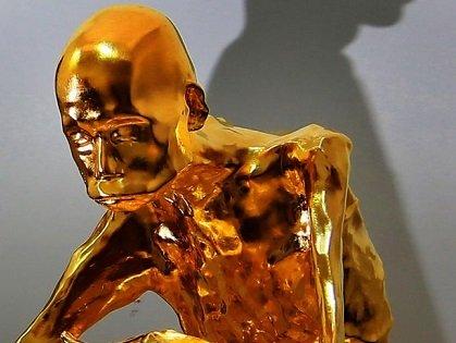 即身仏(ミイラ仏)が金箔でコーティングされ、ギラギラの「ゴールデン・ミイラ」に!=中国