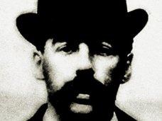 首吊り、解剖、200人以上...! 脱出不可能な「殺人ホテル」で非情残酷連続殺人を実行した支配人・ホームズ!!