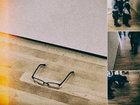 現代美術館の床に自分のメガネを置いてみたら…驚愕の結果とは?
