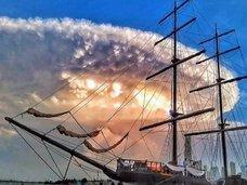 「インデペンデンス・デイ」が現実に!? 雲をまとい、10時間ホバリング… 世界各地で相次ぐ超巨大UFO飛来!