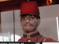 """【事件】悪魔に憑かれた鬼畜マネキン人形が、生徒を銃で襲う! 学校側が""""腕を切り落とす""""対処へ=ボリビア"""