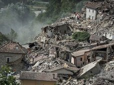 8月25~31日にM9の地震発生か!?24日のイタリア、ミャンマー地震的中した「フッガービーツの予言」