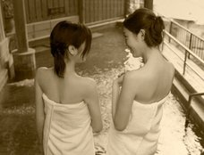 奇習!九州で実在? 輪姦・相互鑑賞…なんでもアリな乱交貸し風呂