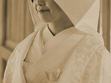 """奇習! 少年たちの""""包皮""""を天日干し、繋ぎ合わせて装飾品に… 花嫁に持たせた「特殊な婚礼品」と究極の男根信仰=奈良県"""