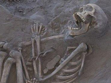 口をあんぐり開けた骸骨「カークジャ」の謎! アボリジニのブーメランが誇るズバ抜けた殺傷力と多彩な用途(最新研究)