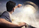 宇宙人とUFOを高確率で呼ぶ方法・最新版! UFOコンタクティ秋山眞人&キックが伝授