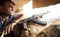 ISダーイッシュと戦うペシュメルガの兵士たちを独占取材! 日本の若き写真家がみた「想像もできない戦場」とは?