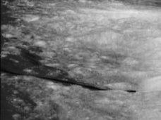 月面に100万年前の「三角形型UFO」が破棄されていた! 有識者「トランスポーテーション用施設の可能性」