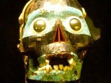 世界の恐ろしくも美しい民族衣装とマスク10選!人類史上最古のマスクの圧倒的不気味さも!