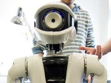 日本でバーチャルホームロボットが発売へ