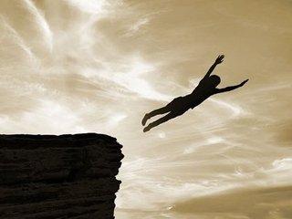 奇習! 崖から飛び降りながら射精する少年たち ― 理解を超えた自慰儀式「種掛け」の実態=富山県