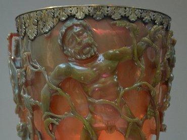 【衝撃】1600年前のローマ帝国はナノテクノロジーを駆使していた! 新たなオーパーツ「リュクルゴスの聖杯」が謎すぎる