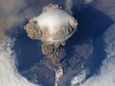 【緊急警告】イタリアのスーパー火山「地獄への入口」が活発化! 破局噴火→噴煙による気候変動→世界滅亡か!?