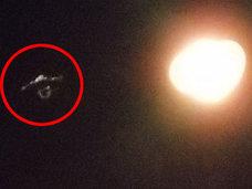 【衝撃画像】前代未聞の「おしゃぶり型UFO」が出現! 洋上でコロンブスも遭遇していた!?=カナダ
