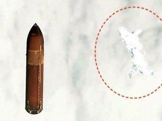 """【衝撃】謎の巨大""""メカ・ホタル""""がNASA公開のエンデバー映像にハッキリ写りこむ!「50年前にも同じことが…」"""