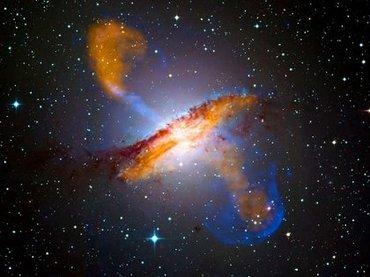 【ガチ】大質量ブラックホールが「木星サイズの物体」を地球に向かって発射! 時速3218万6880kmで現在接近中!!