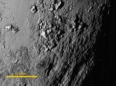 【ガチ】冥王星に500メートルの氷製高層ビル「ペニテンテス」が乱立! NASA科学者も困惑、宇宙人ホテルか?