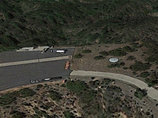 NASA敷地内で「完全なる円盤型UFO」が低空飛行! グーグルアースの衛星写真で発見!