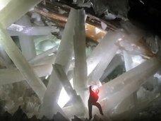 クリスタルの洞窟から未知の微生物が出現、5万年ぶりに復活! エサは鉄とマンガン、理学博士が緊急解説=メキシコ