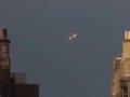 """【衝撃映像】微動だにしない""""不動UFO""""が激写される! 20年前出現したものと一致か=エジンバラ"""