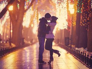 【存在した! 愛のホルモン「キスぺプチン」~カップルの愛情や性行為を盛り上げる