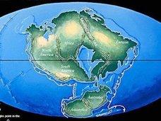 超巨大「新・パンゲア大陸」が登場する!?  地質学者「日本側の4つの大陸が衝突するのは不可避」
