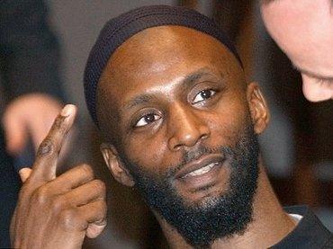 """IS戦闘員になった英国人が、自爆寸前に""""テンションMAX大爆笑""""! 心の闇が浮き彫りに"""