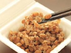 納豆嫌いも新作「ペヤングソースやきそば」で挑戦!? 納豆効果で血液がサラサラに