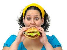 「ストレス太り」の原因が判明! 脳内ホルモンの過剰分泌で「食欲」が止まらない!
