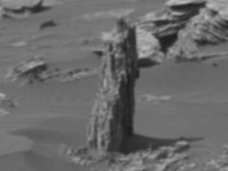 """【衝撃】火星で""""1本の朽木""""が発見される! NASAの公式画像で判明、かつて緑に覆われていた決定的証拠か!?"""