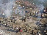 【閲覧注意】3千年間燃え続けるガンジスの遺体を捉えた写真が、あまりにも悲しくて美しすぎる!