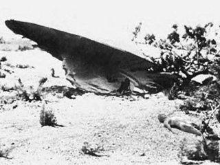 """【公式記録】3機のUFOと9体のエイリアンを米軍が回収か? FBI署長が長官に送った""""第2のロズウェル事件""""メモ「ガイ・ホッテル文書」の謎!"""