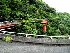 静岡県のレア廃墟へ潜入… 実は完成していた「未完成ループ橋」!