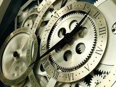 """「時間は""""減速""""している。宇宙はいずれ完全に静止する」複数の物理学者が提唱! 宇宙の常識覆す新理論がヤバい"""