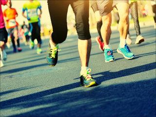 """【【感動詐欺】業界人が24時間テレビのマラソンの""""異様な裏側""""を暴露!! 「車にランナーを乗せて移動するのではなく…」"""