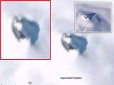 南極の雪に埋もれた「巨大UFO」がグーグルアースで発見される! 数百年前に墜落した機体が地球温暖化で露出か