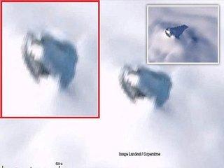 【南極の雪に埋もれた「巨大UFO」がグーグルアースで発見される! 数百年前に墜落した機体が地球温暖化で露出か