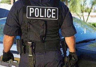 【警察官の横暴? 自己防衛? 少年へのテーザーガン攻撃に賛否両論の嵐