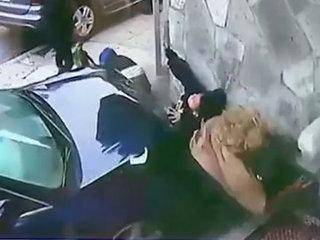【閲覧注意】猛スピードの圧縮死、暴走車に轢かれるとこうなる ― 少年と女性がぺしゃんこになる瞬間、そして…=米国