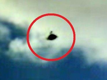 """【歴史的偉業】東京上空に前代未聞の""""スコープつき土星型UFO""""出現!! 自動観測ロボ「SID-1」で世界初撮影成功!"""