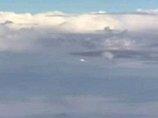 """「雲に擬態した雲型UFO」の目撃情報が急増中! 地上の目を欺き""""我が物顔""""で飛び回るUFOの衝撃映像!"""